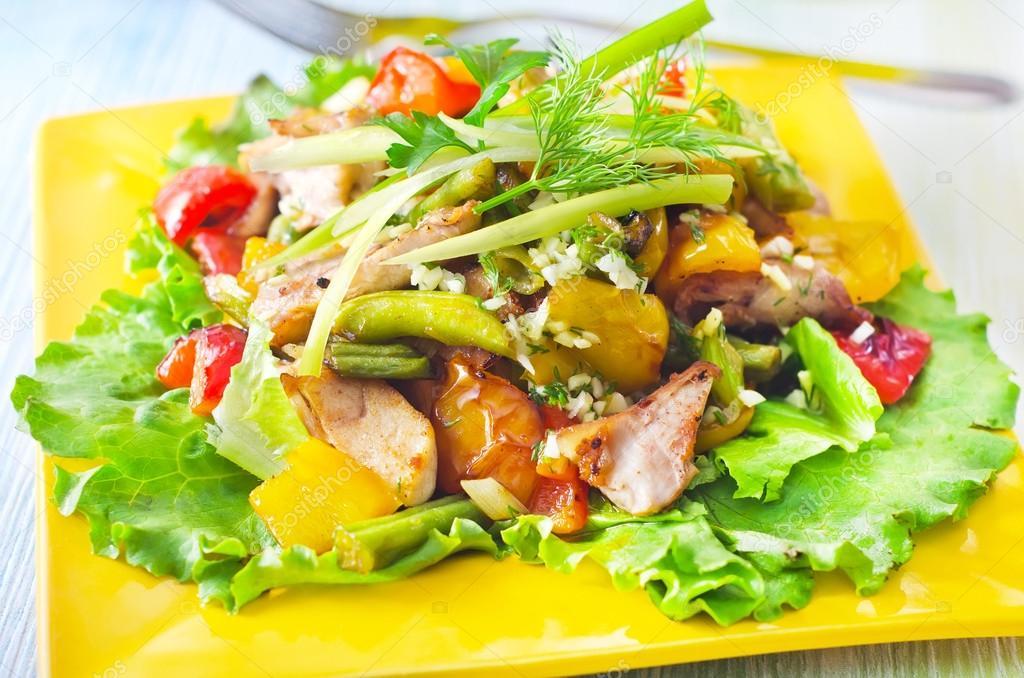 Салат из капусты брокколи с апельсинами