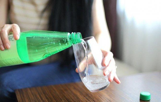 Лечение пищеварения минеральной водой
